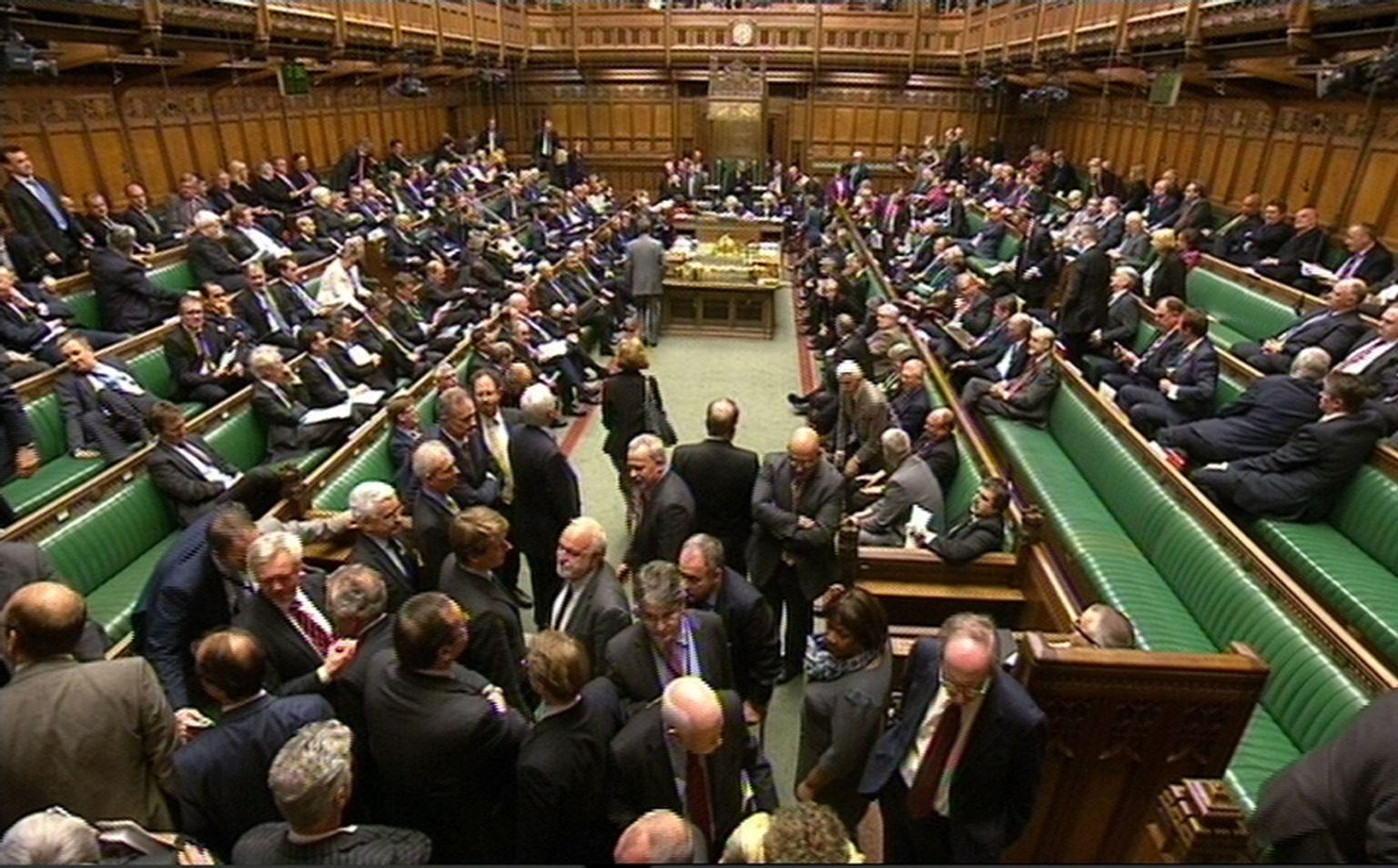 ميدل إيست آي: مجموعة برلمانية بريطانية لمراقبة حقوق الإنسان بالإمارات