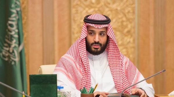 السعوديون ينتظرون رؤية محمد بن سلمان بمزيج من الأمل والترقب