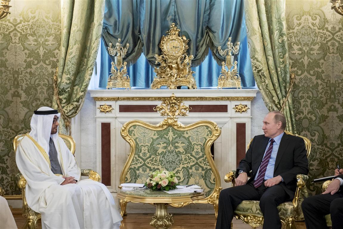 محمد بن زايد يلتقي بوتين قي موسكو ويبحث معه ملفات المنطقة