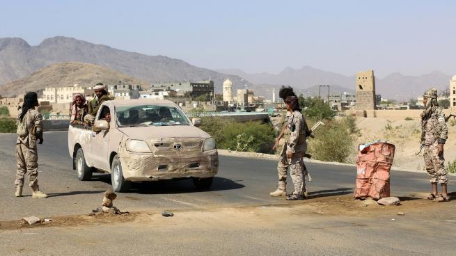 الحكومة اليمنية تحقق بهجوم قوات موالية للإمارات على إحدى القبائل في شبوة