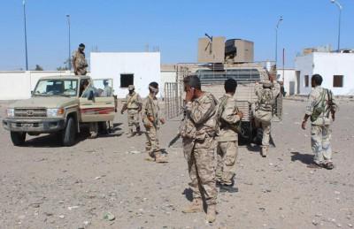 الجيش اليمني يهاجم القاعدة ويسيطر على مواقعها بحضرموت