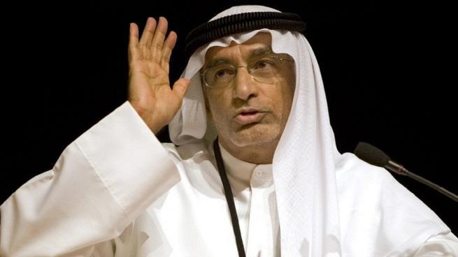 عبد الخالق عبدالله يروج لدعوات