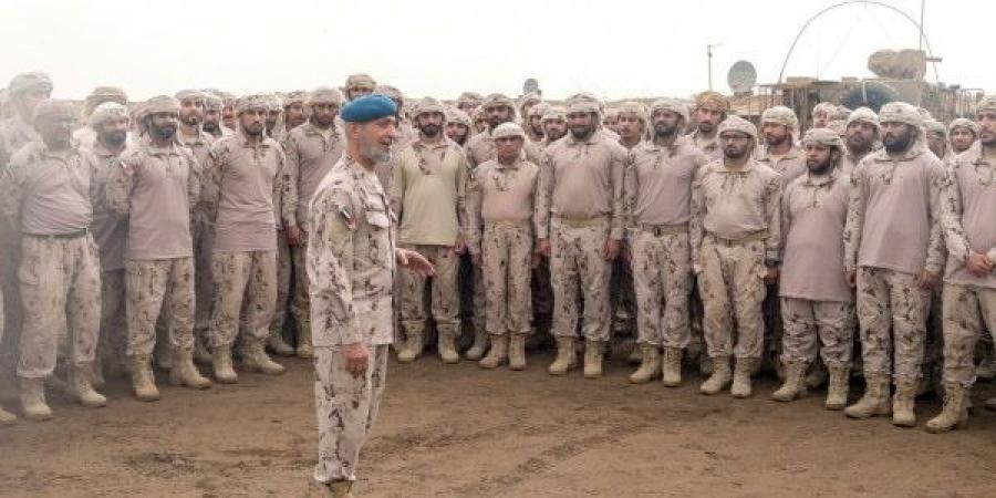 مسؤول حوثي يزعم استشهاد نائب رئيس أركان الجيش الإماراتي في معركة الحديدة