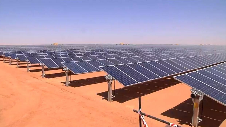 شركة طاقة إماراتية تبحث بيع أصول بمصر والأردن بنصف مليار دولار