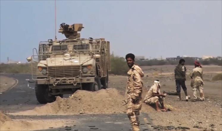 القوات اليمنية مسنودة بالتحالف العربي تسيطر على الطريق الرئيسي بين الحديدة وصنعاء