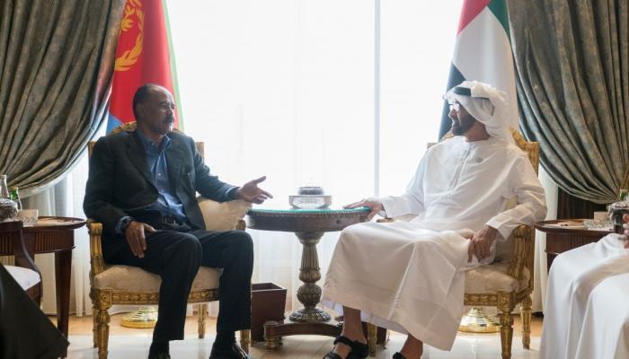 محمد بن زايد يبحث مع الرئيس الإريتري تعزيز العلاقات الثنائية