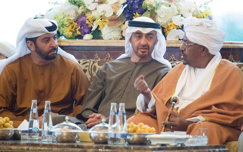 الإمارات و سياسة الضغط السياسي والمساعدات تجاه السودان لشراء المواقف السياسية