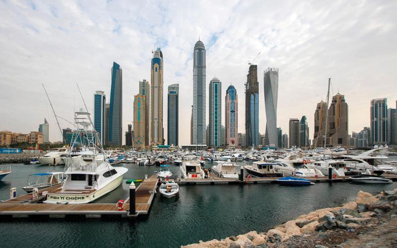 صحيفة إسبانية:  دبي تتدحرج نحو الإفلاس
