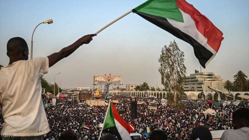 الإمارات والسعودية تدعمان السودان بـ 3 مليارات دولار