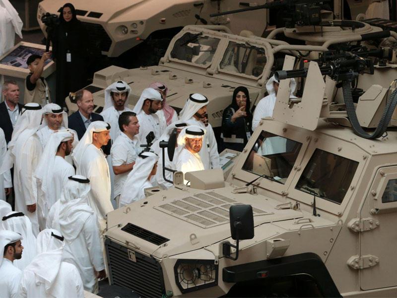 الإمارات توقع صفقات عسكرية بـ 4.9 مليار درهم في أول أيام
