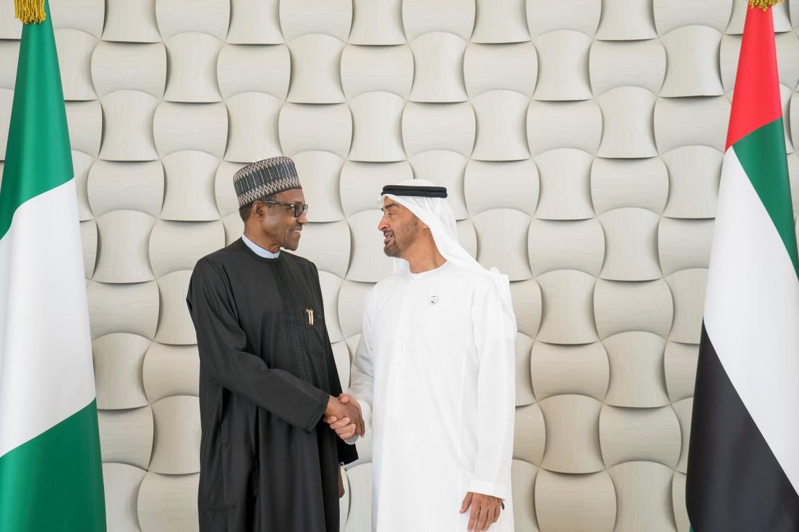 محمد بن زايد ورئيس نيجيريا يبحثان علاقات التعاون بين البلدين