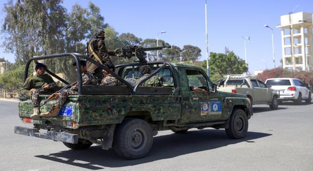خمس قتلى في تجدد الشتباكات بالحديدة...وجهود أممية لإنقاذ الهدنة