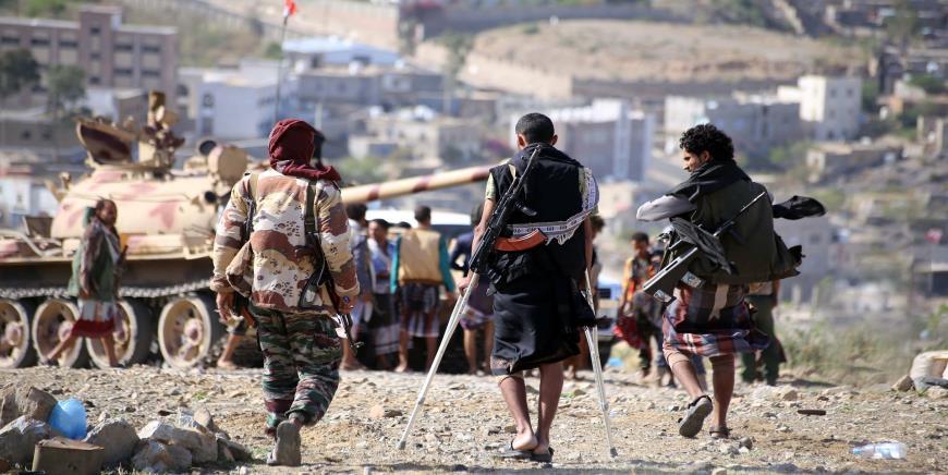 حاكم سقطرى باليمن يحذر الإمارات من تشكيل أي قوات عسكرية غير حكومية
