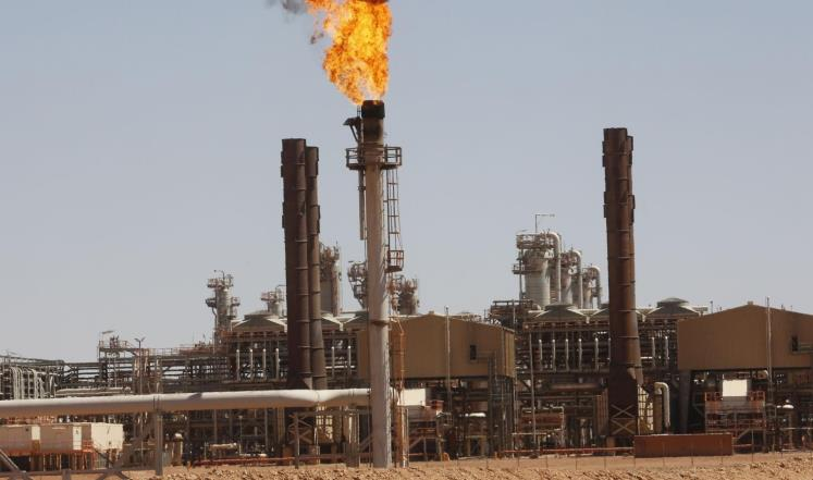 السعودية والإمارات: لا ضرورة لزيادة إنتاج النفط حاليا