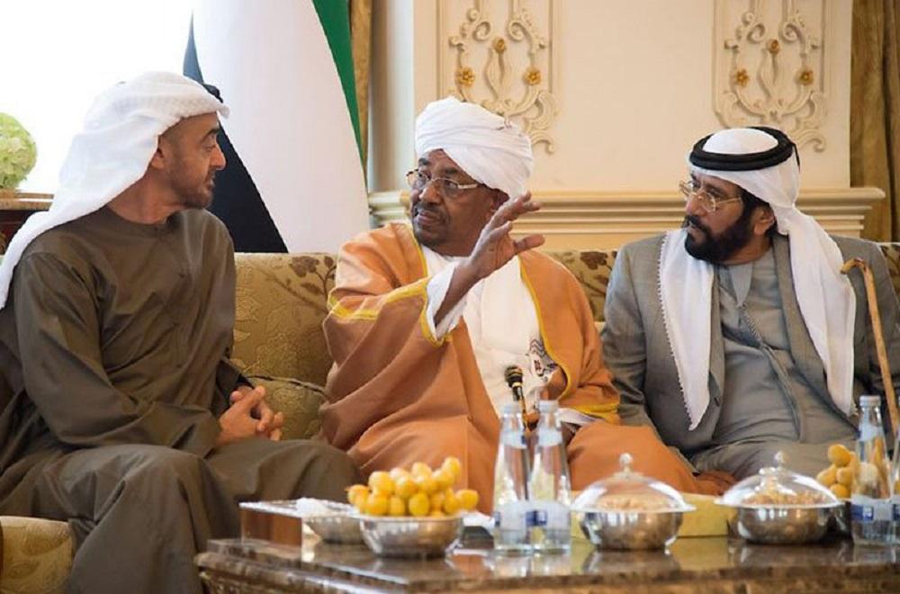 النظام المصري يقنع السعودية والإمارات بدعم البشير كمقدمة لفك تحالفه مع قطر وتركيا