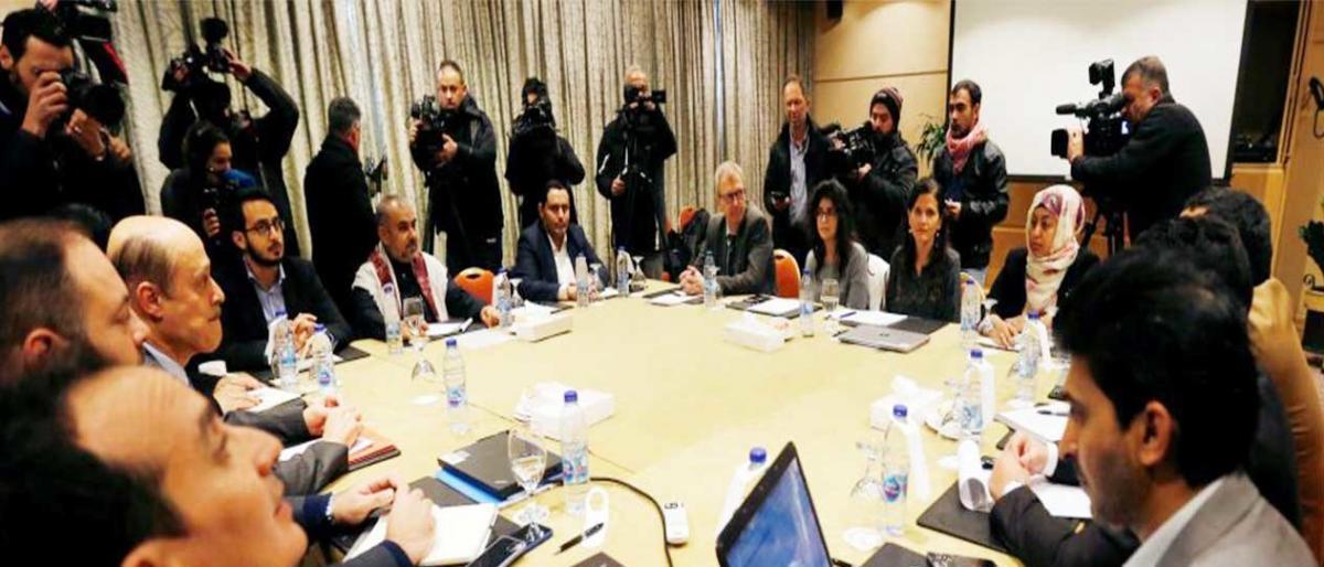 اتفاق مبدئي بين الحكومة اليمنية والحوثيين لإعادة الانتشار بالحُديدة