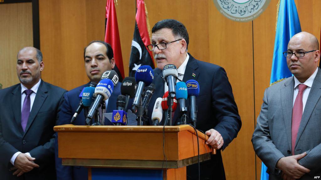 حكومة الوفاق الليبية تعلن فتح تحقيق حول دعم الإمارات لحفتر مالياً وعسكرياً