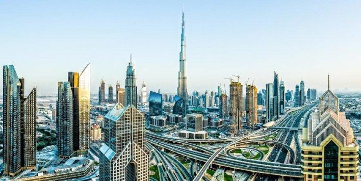 بلومبيرغ: 5 مؤشرات تؤكد تباطؤ اقتصاد دبي