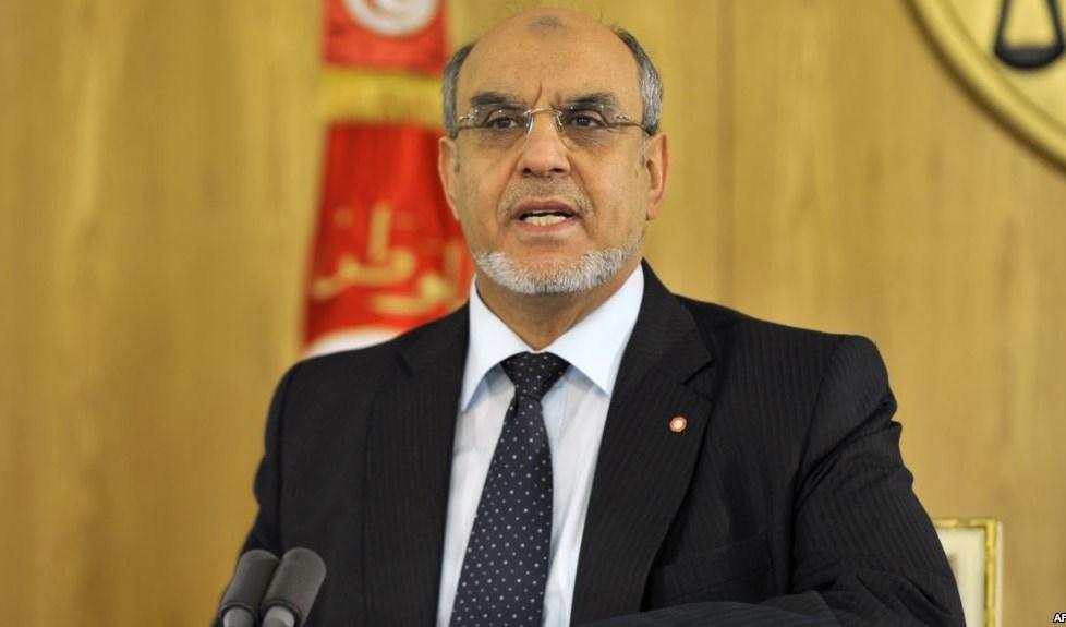 رئيس الحكومة التونسي الأسبق يتهم الإمارات بـ