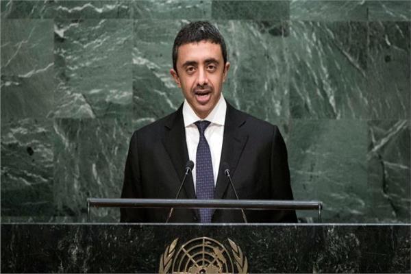 عبدالله بن زايد يتهم إيران بمواصلة العبث ودعم الإرهاب بالمنطقة ويطالبها بإعادة الجزر الثلاث للإمارات