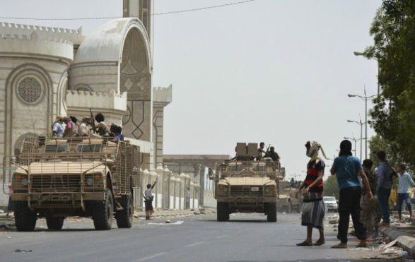 واقع مناطق النفوذ في عدن بين الحكومة الشرعية والقوات الموالية للإمارات
