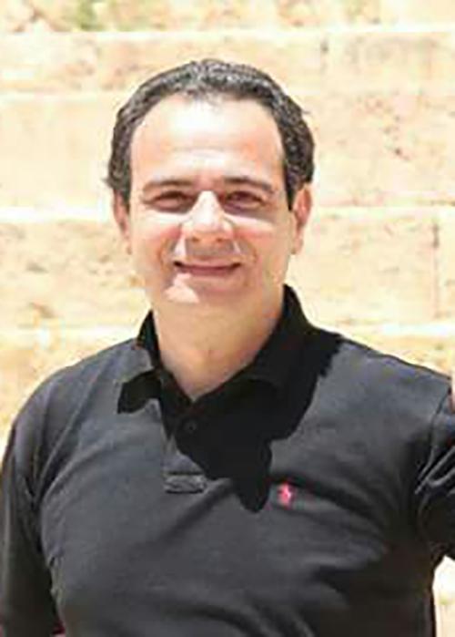 منظمتان تطالبان الإمارات الإفراج عن صحفي أردني انتهت عقوبة سجنه
