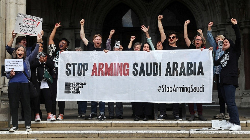 بريطانيا تحظر بيع أسلحة جديدة للرياض وأبوظبي بسبب حرب اليمن