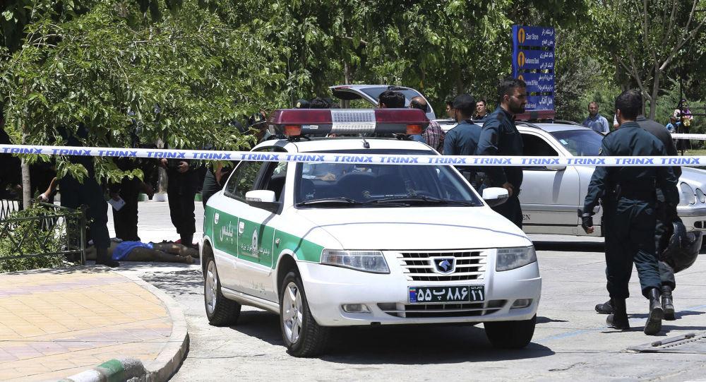 إيران تتهم ضمناً الإمارات بالضلوع في حوادث تفجير