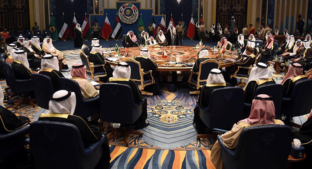 انطلاق القمة الخليجية الأحد في السعودية بغياب أميرقطر و سلطان عمان