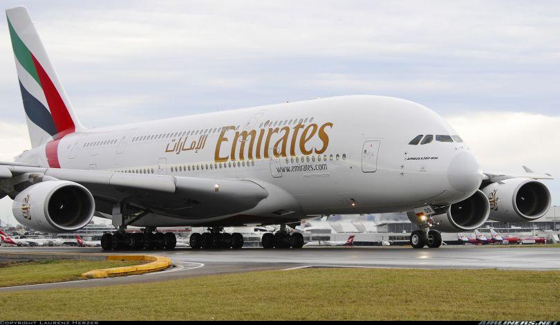 الإمارات تدرس استئناف الرحلات الجوية إلى مطار دمشق