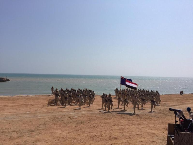 قوات التحالف السعودي-الإماراتي تسلم مهمة تأمين سواحل حضرموت لقوات محلية