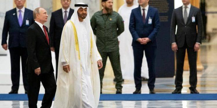 محمد بن زايد يستقبل بوتين ويبحث معه العلاقات بين البلدين والتطورات في المنطقة
