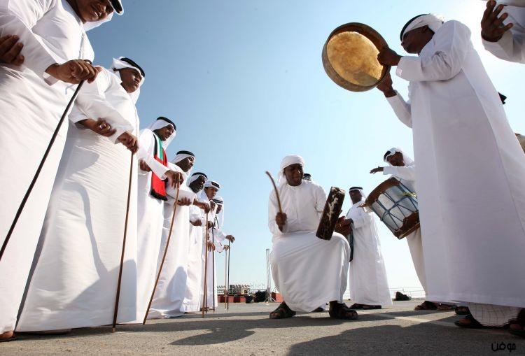 صحف الإمارات ترقص في العرس الوطني ضد الكراهية وتحرير الأسعار